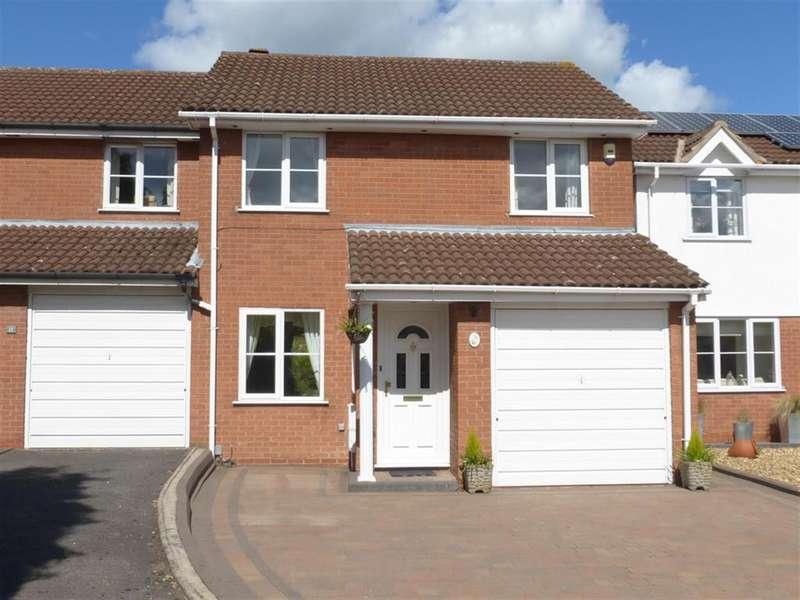 3 Bedrooms Semi Detached House for rent in Falstaff Close, Sutton Coldfield, West Midlands