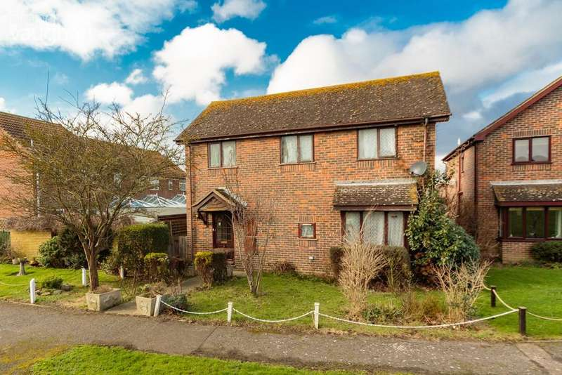 4 Bedrooms Detached House for sale in Church Green, Shoreham-by-Sea, BN43