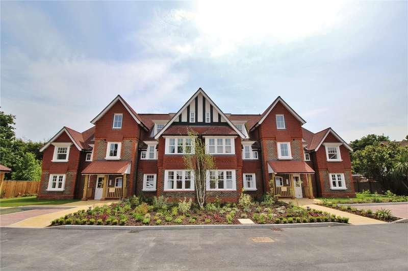 2 Bedrooms Apartment Flat for sale in Hurst Grange, 21 Parkfield Road, Tarring, BN13