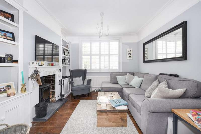 2 Bedrooms Semi Detached House for sale in Robson Road, West Norwood