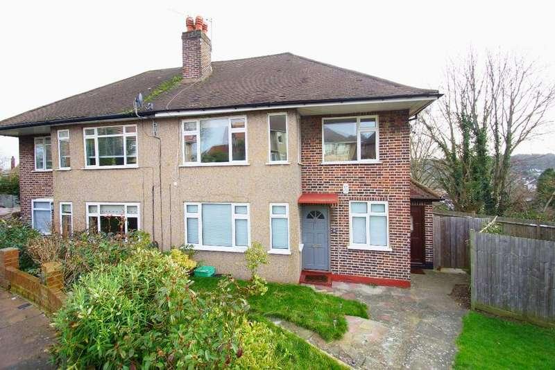 2 Bedrooms Maisonette Flat for sale in West Wickham