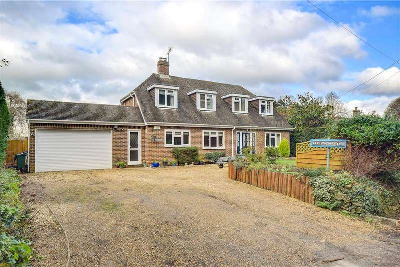 4 Bedrooms Detached Bungalow for sale in Rake Road, Liss, Hampshire