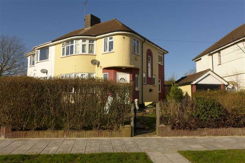 3 Bedrooms Semi Detached House for sale in Curzon Avenue, Stanmore, Middlesex