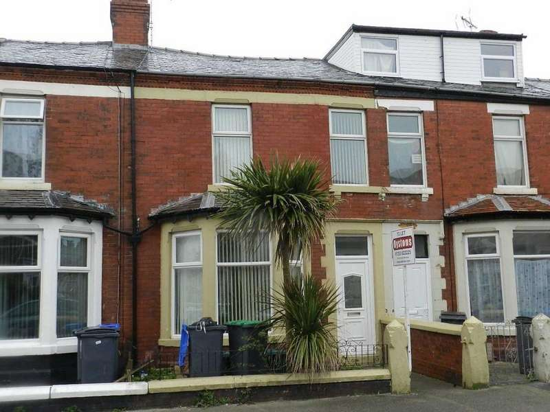 4 Bedrooms Terraced House for sale in St Heliers Road, Blackpool