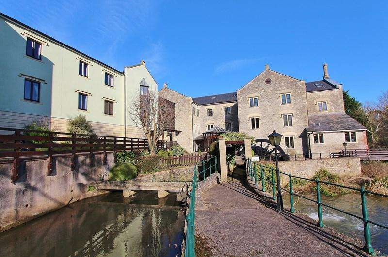 2 Bedrooms Maisonette Flat for sale in Dapps Hill, Keynsham, Bristol