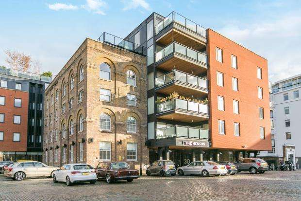 1 Bedroom Flat for sale in Oval Road, Camden, London, NW1