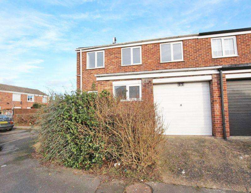 3 Bedrooms Semi Detached House for sale in BEVERLEY CLOSE, HOLTON LE CLAY