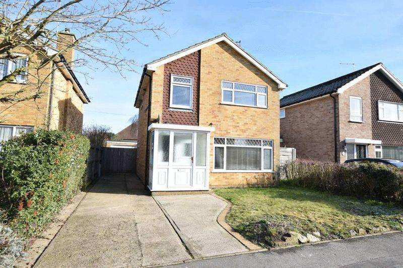 3 Bedrooms Detached House for sale in Birling Ave, Bearsted