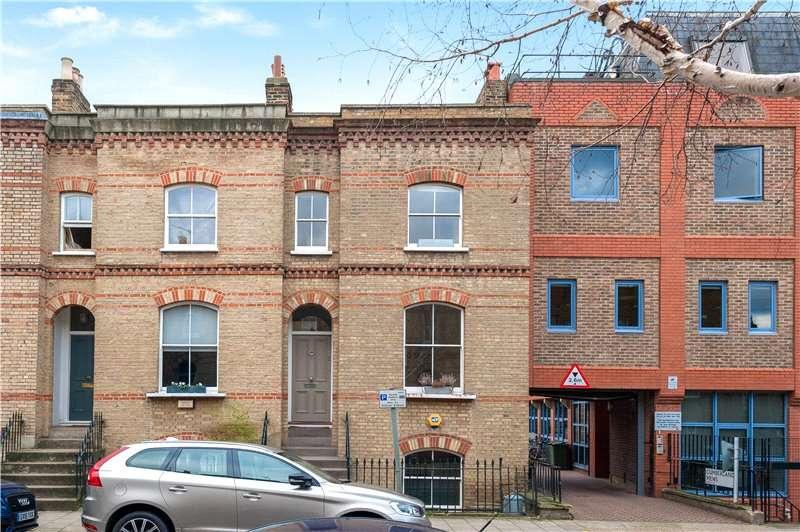 3 Bedrooms Terraced House for sale in Ravensdon Street, Kennington, London, SE11