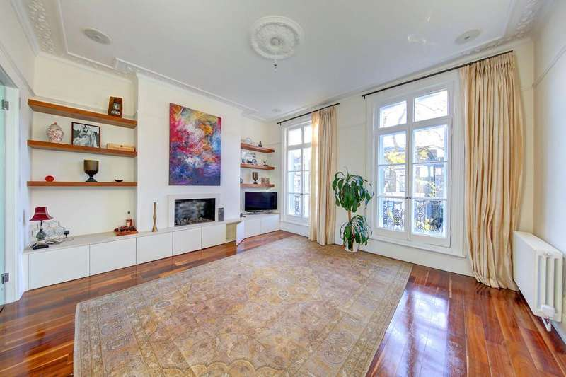 2 Bedrooms Maisonette Flat for sale in Chelsea, London, SW10