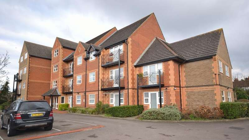 1 Bedroom Retirement Property for sale in Marlborough House, Northcourt Avenue, Reading, Berkshire, RG2 7BH