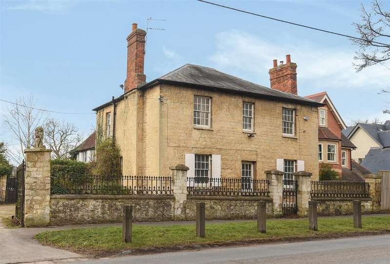 4 Bedrooms Detached House for sale in Park Hill, Wheatley, Oxford