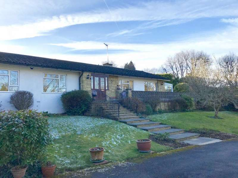 3 Bedrooms Detached Bungalow for sale in Cookham Dean, Dean Lane