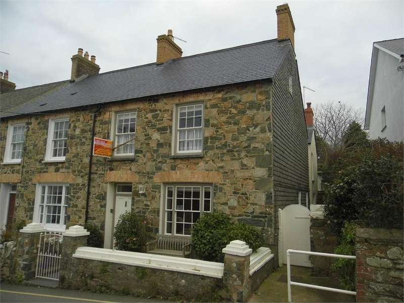 4 Bedrooms End Of Terrace House for sale in 1 Bank Terrace, Long Street, Newport, Pembrokeshire