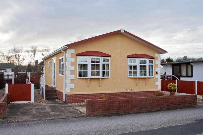 2 Bedrooms Mobile Home for sale in Biddulph Park, Ironstone Road, Burntwood, WS7 1LG
