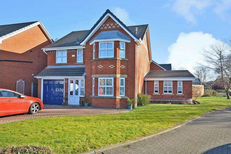 4 Bedrooms Detached House for sale in Heralds Green, Warrington