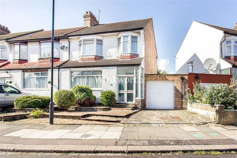 3 Bedrooms End Of Terrace House for sale in Chimes Avenue, London, N13