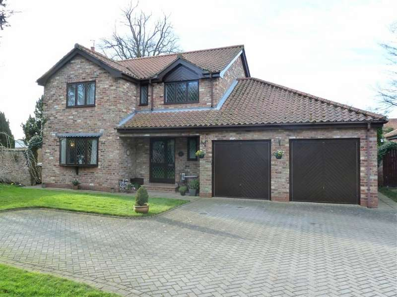 5 Bedrooms Detached House for sale in Vicarage Close, Main Street, Watton, East Yorkshire