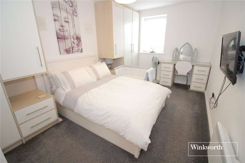 1 Bedroom Flat for sale in Gemini Park, Manor Way, Borehamwood, Hertfordshire, WD6