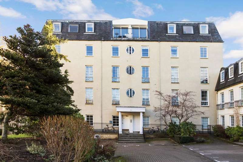 3 Bedrooms Flat for sale in 55/11 Caledonian Crescent, James Square, Dalry, Edinburgh, E