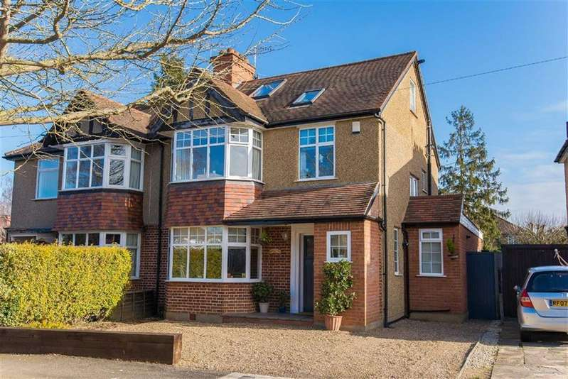 4 Bedrooms Semi Detached House for sale in Crescent Gardens, Eastcote, Middlesex
