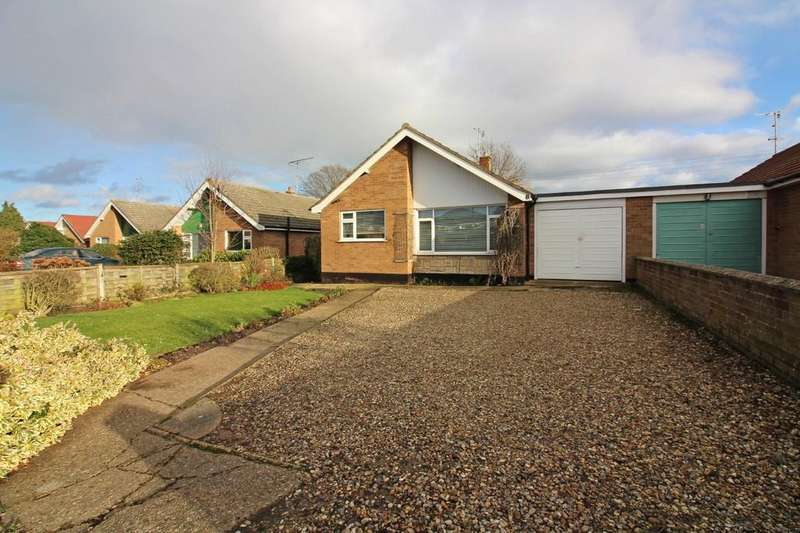 3 Bedrooms Detached Bungalow for sale in Bluebell Road, North Walsham