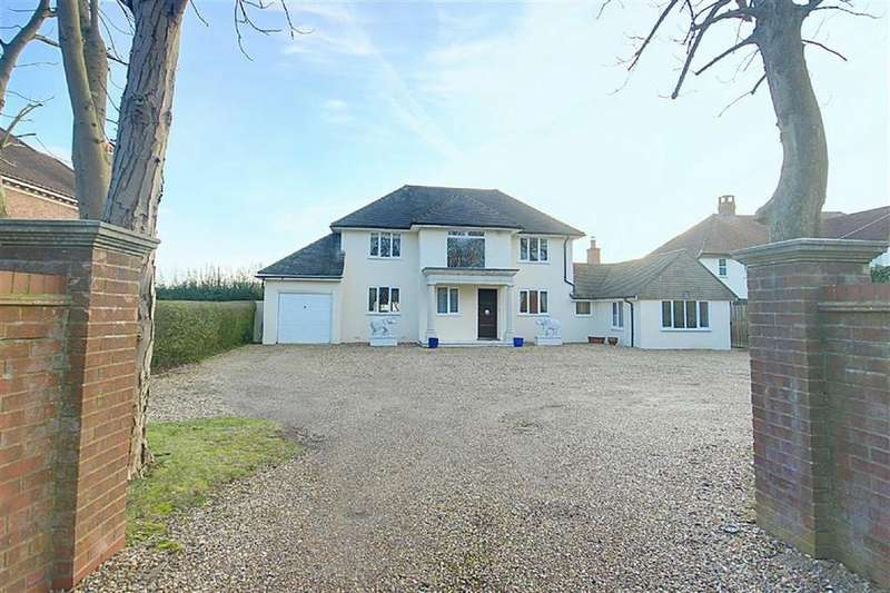 5 Bedrooms Detached House for sale in The Ridgeway, Cuffley, Hertfordshire