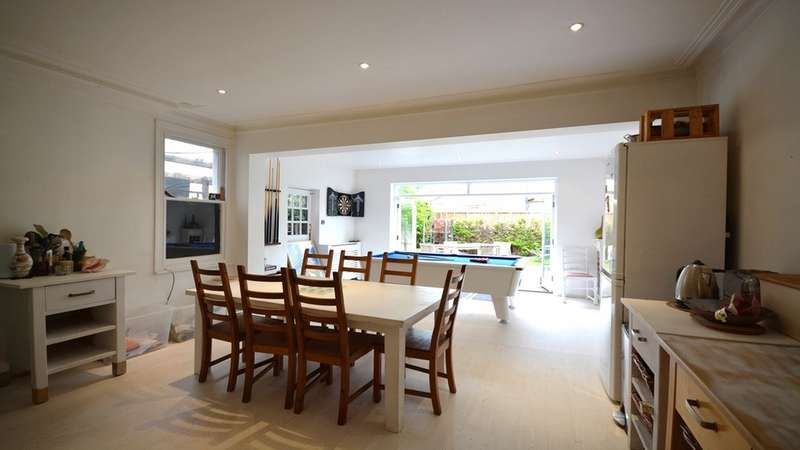 5 Bedrooms Detached House for rent in Kings Road, Kingston Upon Thames KT2