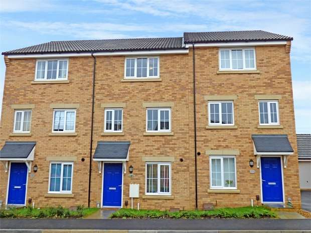 4 Bedrooms Town House for sale in Damselfly Road, Northampton