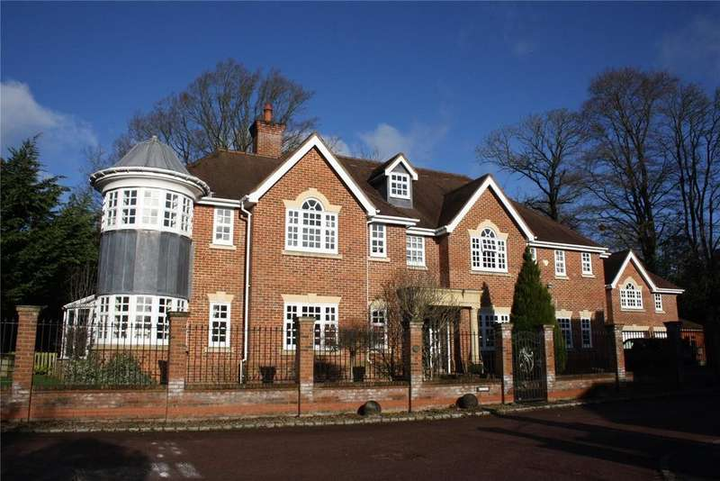 6 Bedrooms Detached House for sale in Priests Paddock, Knotty Green, Beaconsfield, Buckinghamshire, HP9