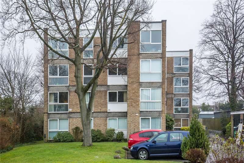 2 Bedrooms Apartment Flat for sale in Lynton Grange, Fortis Green, East Finchley, London, N2