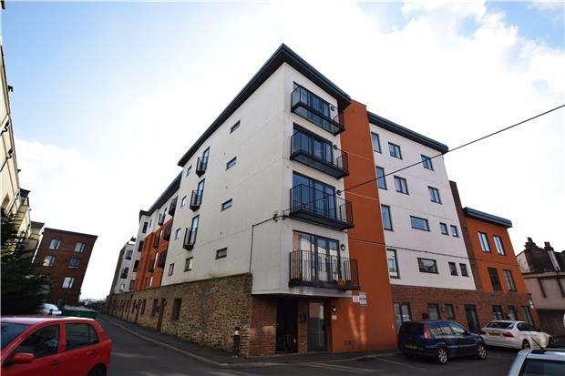 2 Bedrooms Flat for sale in 56 Lawford Mews, 28 Waterloo Road, Bristol, BS2 0PN