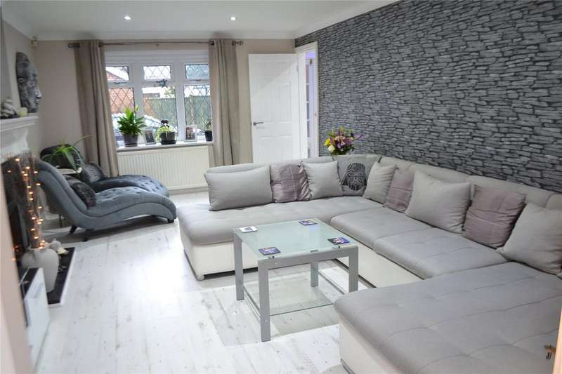 4 Bedrooms House for sale in Woodhill Avenue, Gainsborough, Lincolnshire, DN21