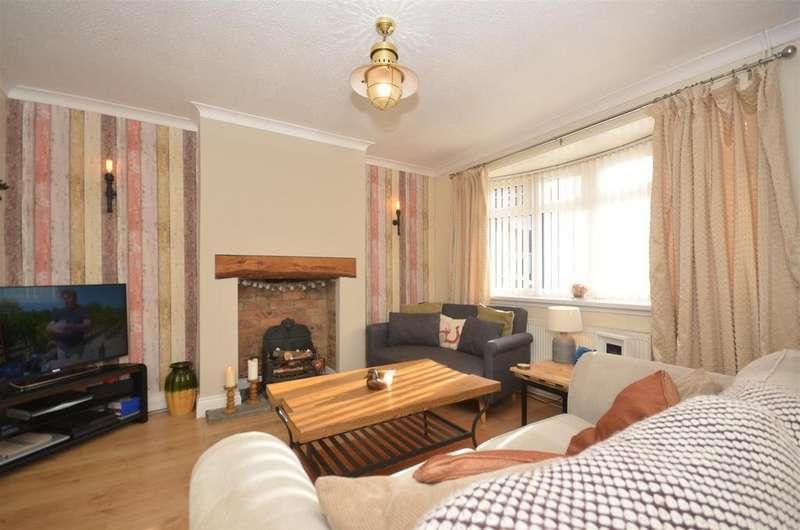 2 Bedrooms Semi Detached House for sale in Bedford Place, Silksworth, Sunderland