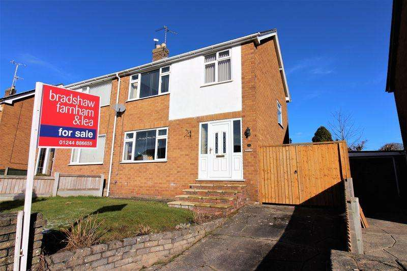 3 Bedrooms Semi Detached House for sale in Hafod Park, Mold
