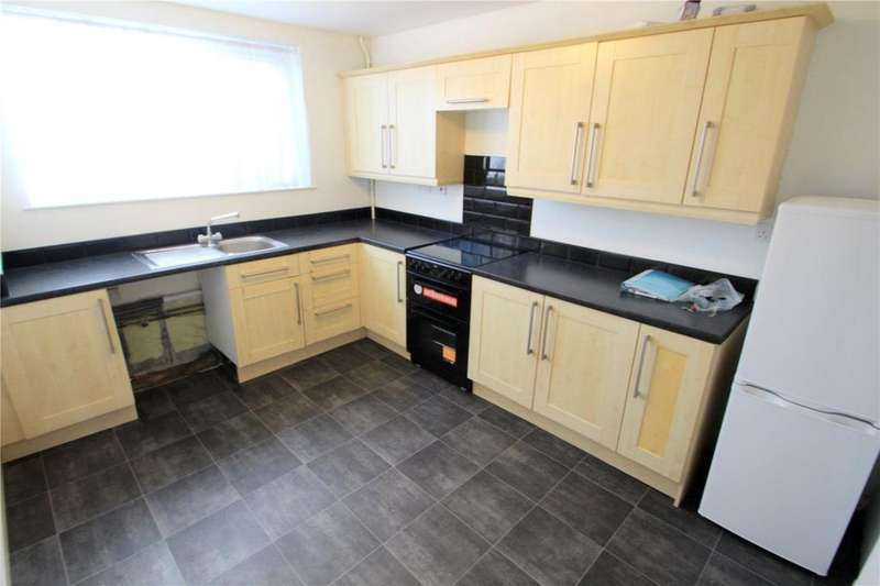 3 Bedrooms House for rent in Leaholme Gardens, Whitchurch, Bristol, BS14