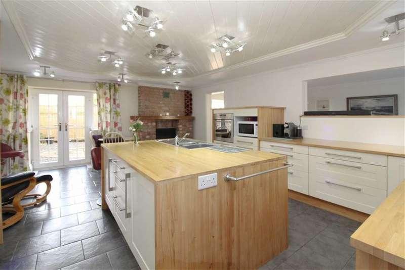 5 Bedrooms Semi Detached House for sale in School Lane, Burton Fleming, East Yorkshire
