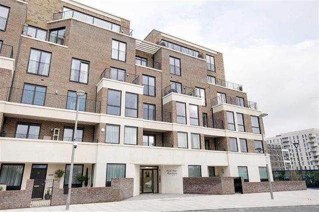 2 Bedrooms Flat for rent in Olympic Park Avenue, Stratford