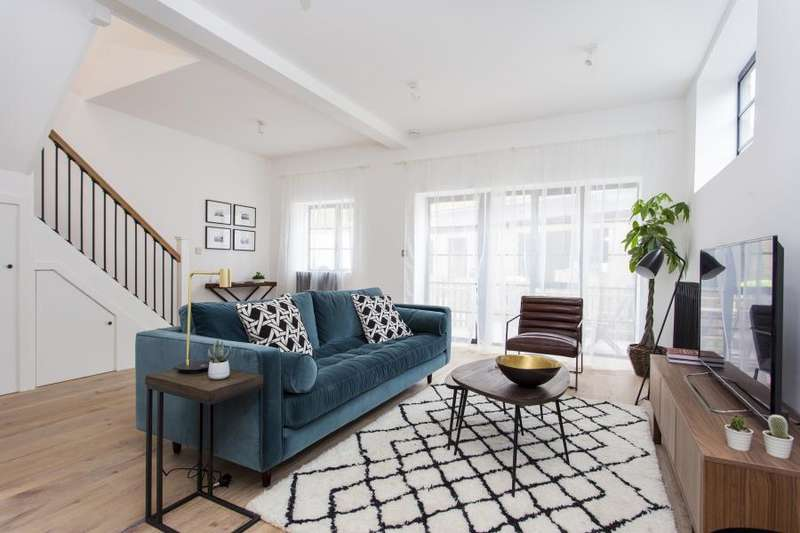 2 Bedrooms Duplex Flat for sale in Ansell Lofts, Wanstead, E11
