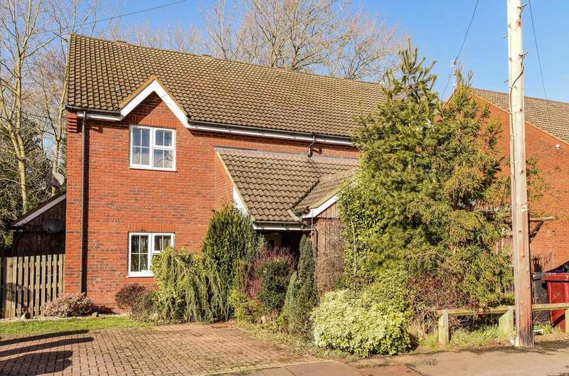 2 Bedrooms Flat for sale in Nappers Wood, Fernhurst, Haslemere, GU27