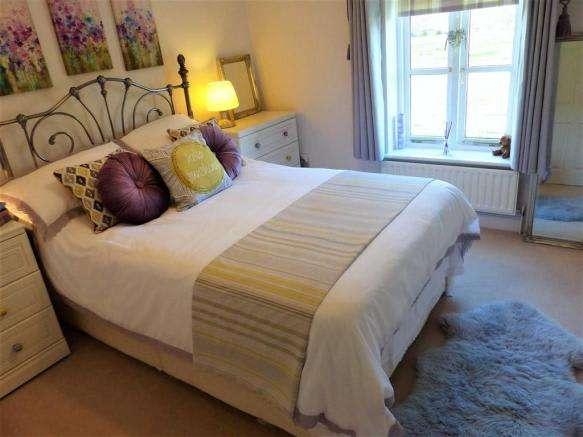 3 Bedrooms Property for sale in Holmead Walk, Dorchester, Dorset