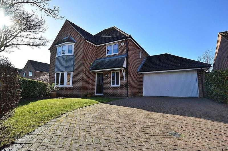 4 Bedrooms Detached House for sale in Memory Close, Maldon, Essex, CM9