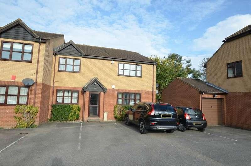 1 Bedroom Flat for sale in Southfields, SHEFFORD, Bedfordshire