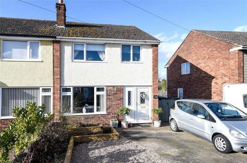 3 Bedrooms Semi Detached House for sale in Malton Road, North Hykeham, LN6