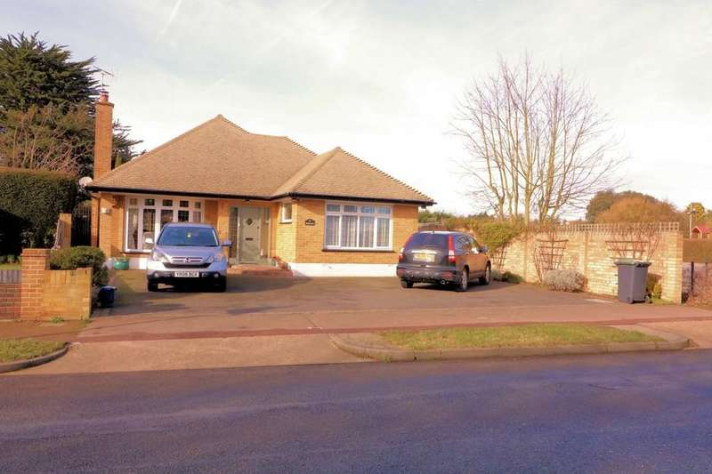 4 Bedrooms Detached Bungalow for sale in Wakering Road, Bournes Green