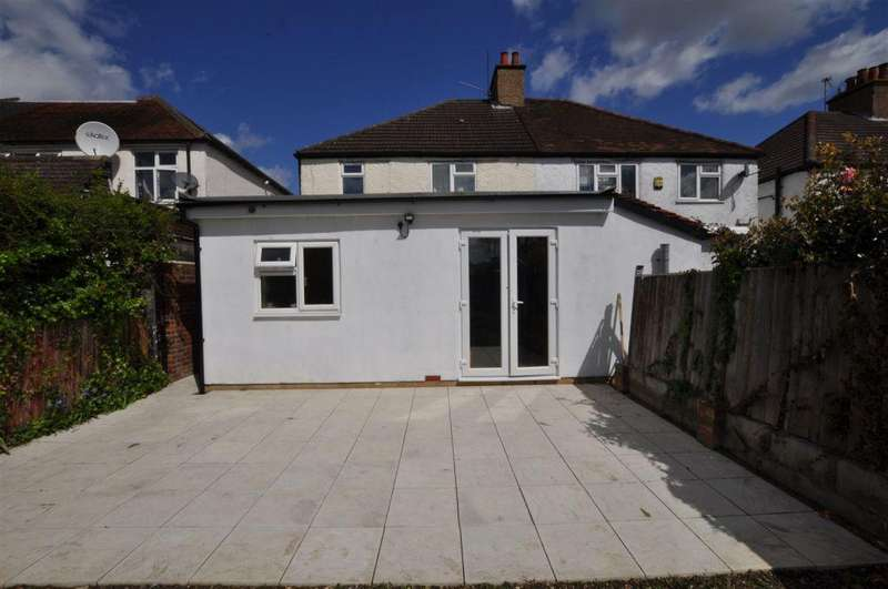 5 Bedrooms Semi Detached House for rent in Aldershot Road, Guildford, Surrey