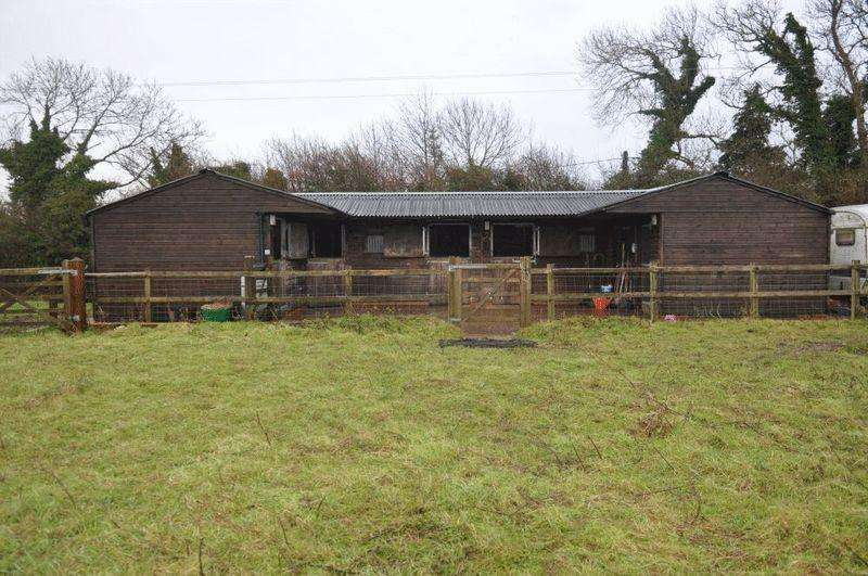 Equestrian Facility Character Property for rent in Beacon Road, Hassocks