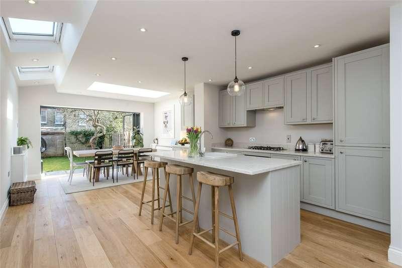 4 Bedrooms Terraced House for sale in Trentham Street, Southfields, London, SW18