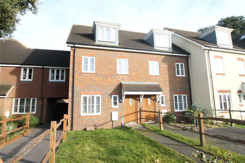 3 Bedrooms Terraced House for sale in Woodlands Avenue,, Rustington, West Sussex, BN16