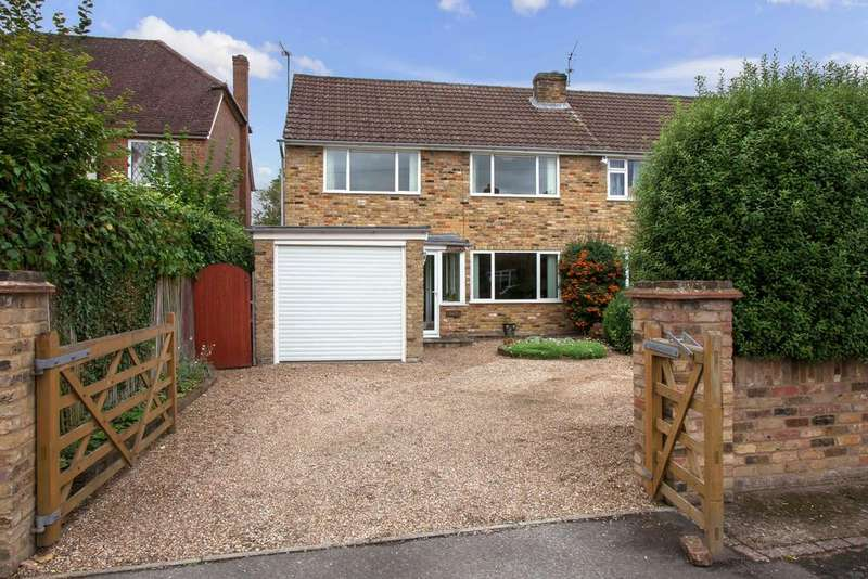 4 Bedrooms Semi Detached House for sale in Seer Green, Beaconsfield